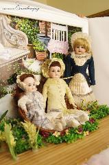 Exhibition of antique dolls